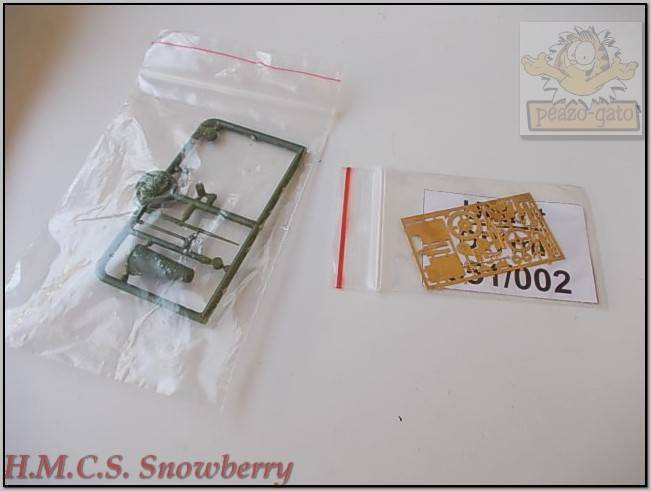 H.M.C.S. Snowberry - Página 2 237%20H.M.C.S.%20Snowberry%20peazo-gato_zpsrqd36muu