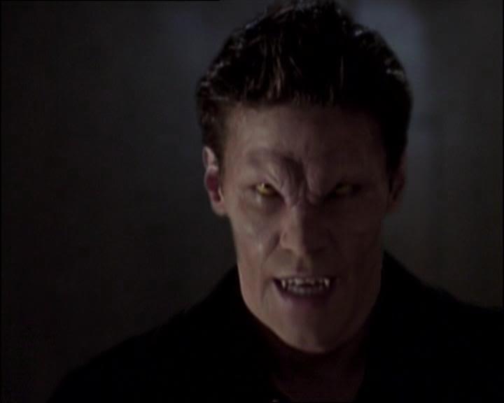 Pillados!!! Buffys1_angelus