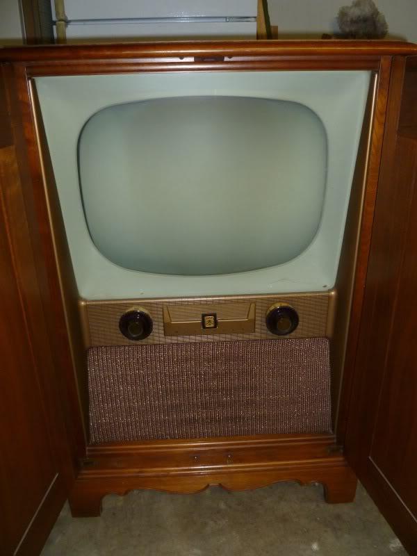 1953? Motorola TV P1010002