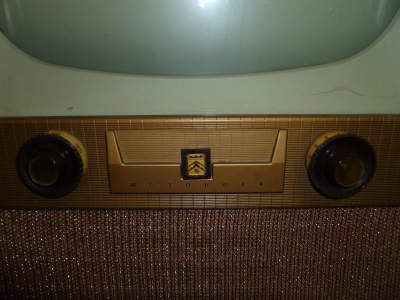 1953? Motorola TV P1010003