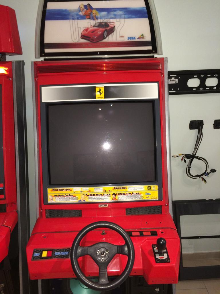 [VDS] Lupin 3 Outrun 2 Virtua Cop 3 Crazy Taxi 18W Cabinets Outrun2_3_zpse0a28833