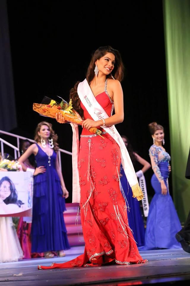 Reina Mundial del Banano 2016 Ivana Yturbe - Página 2 14079622_1756531351277564_5731673403121066853_n_zpsem5li796