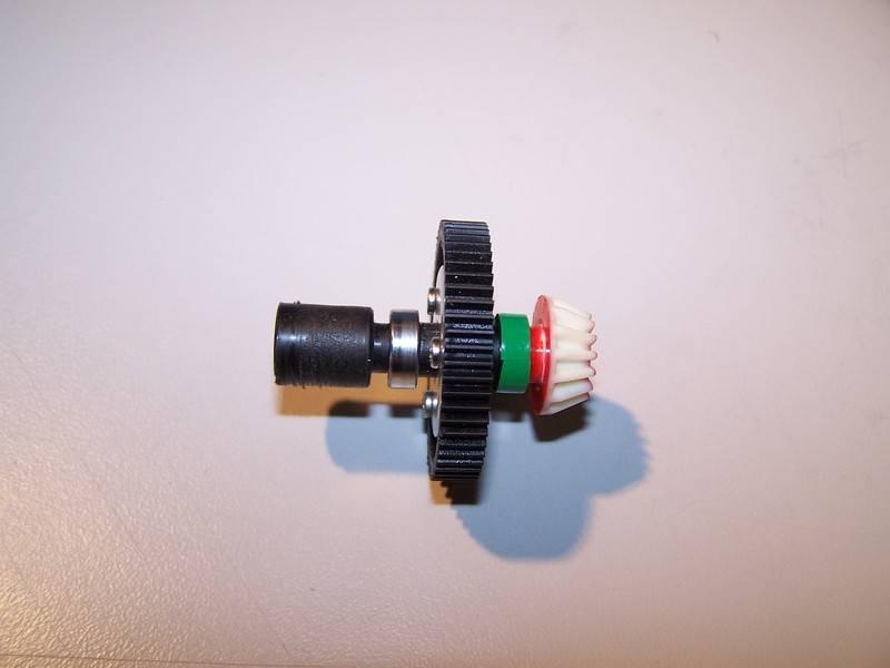 Refuerzo transmisión TT-01 2WD Refuerzo%20transmisioacuten%20TT-01%203_zpskhlennsw