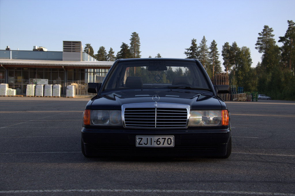 AST1: Benz W201 1_zpswd0rq2nf