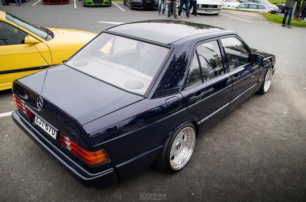 AST1: Benz W201 29880273211_622af6dc81_b_zps52nkjgf3