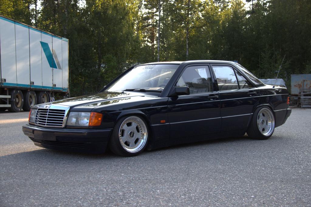 AST1: Benz W201 2_zpsadtejgzv