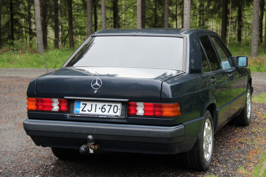 AST1: Benz W201 IMG_1172_zpswmnjhk2a