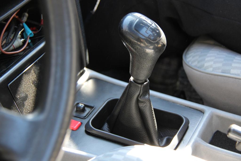 AST1: Mercedes-benz w201 IMG_3846_zps9ihfkdas