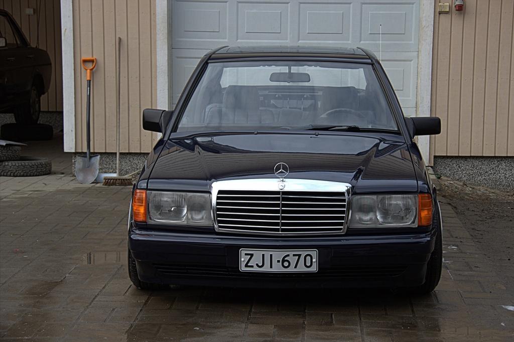 AST1: Mercedes-benz w201 IMG_3890.CR2_zpsmamtkizq