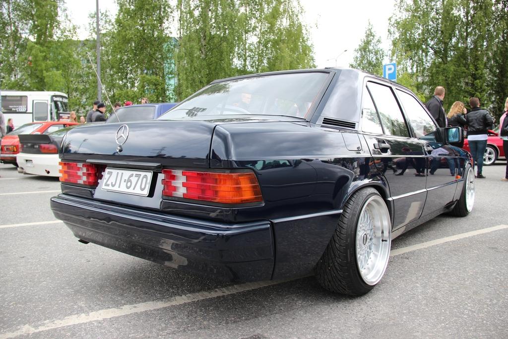 AST1: Benz W201 IMG_4220_zpsk0vsyjcl