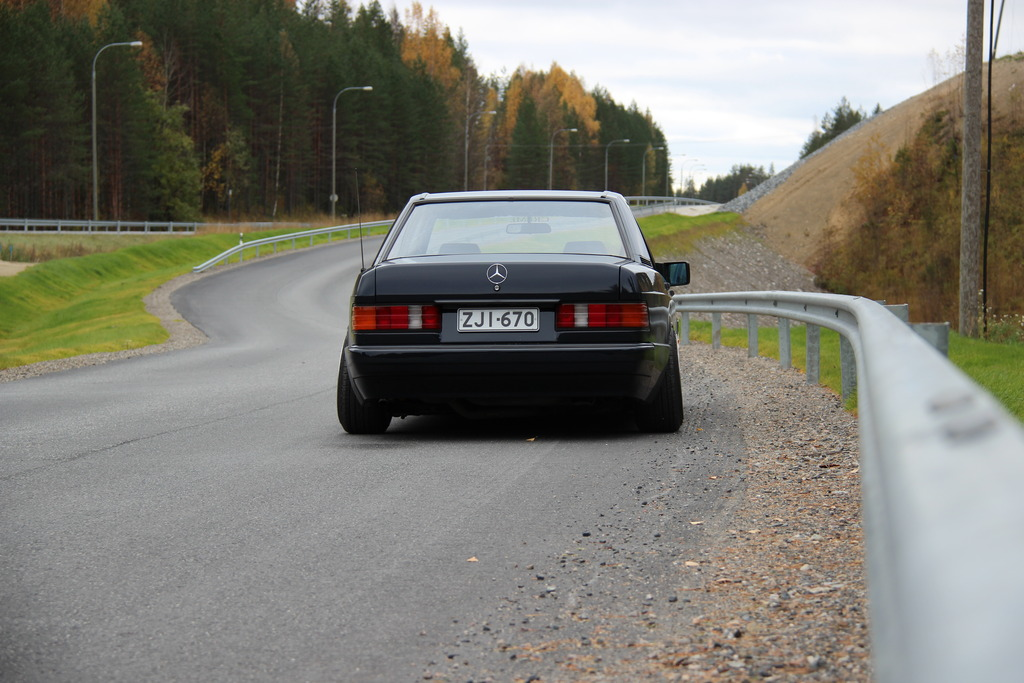 AST1: Benz W201 IMG_5228_zpsmrmcvisf