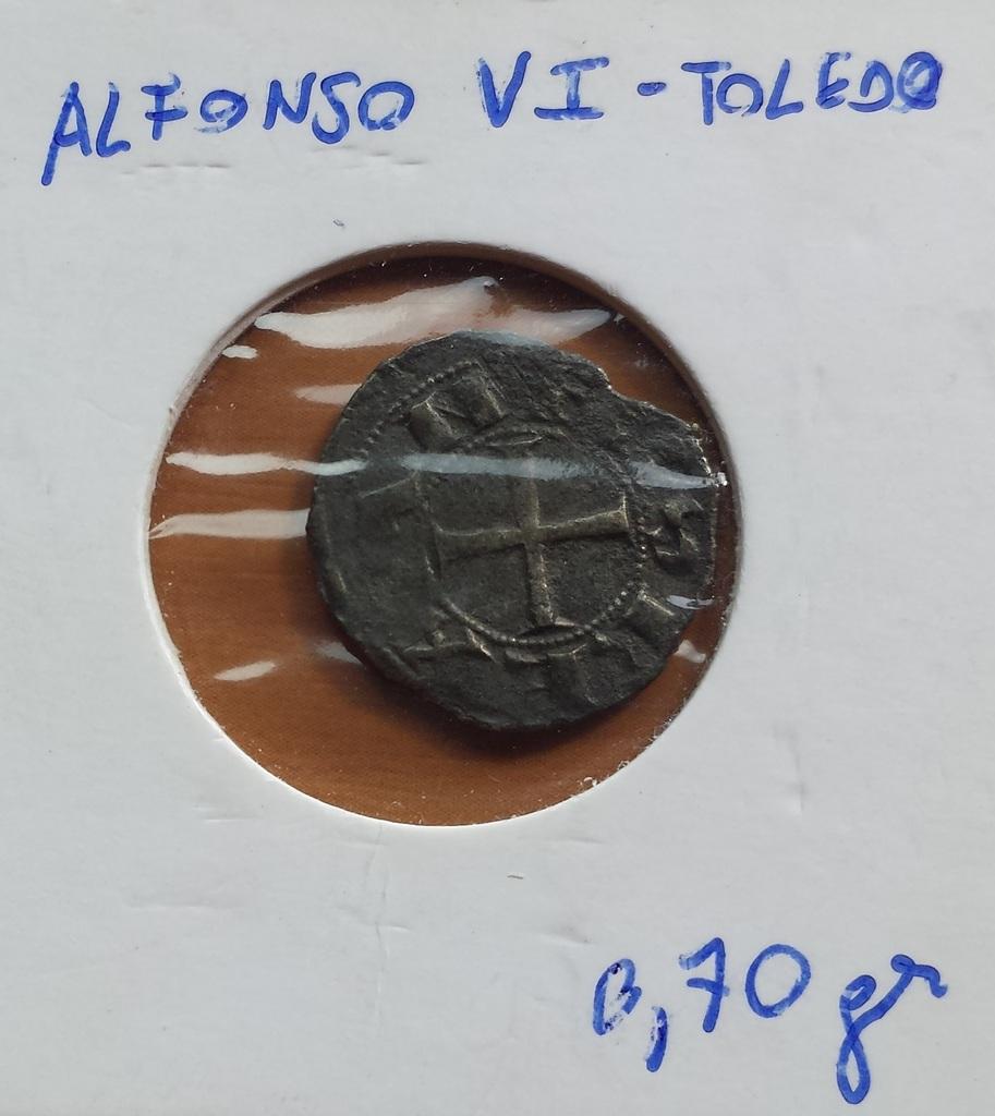 Dinero de Alfonso VI de Castilla 1072-1109 Toledo. 20150701_175753%20-%20Coacutepia_zpskyaapvjp