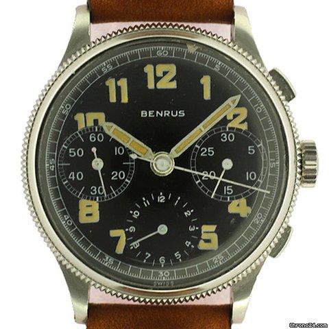 Longines type aviation Chronographes très rares, avec et sans lunette, compteur des minutes et aiguilles différentes des deux versions 2769873gross_zps35577a13