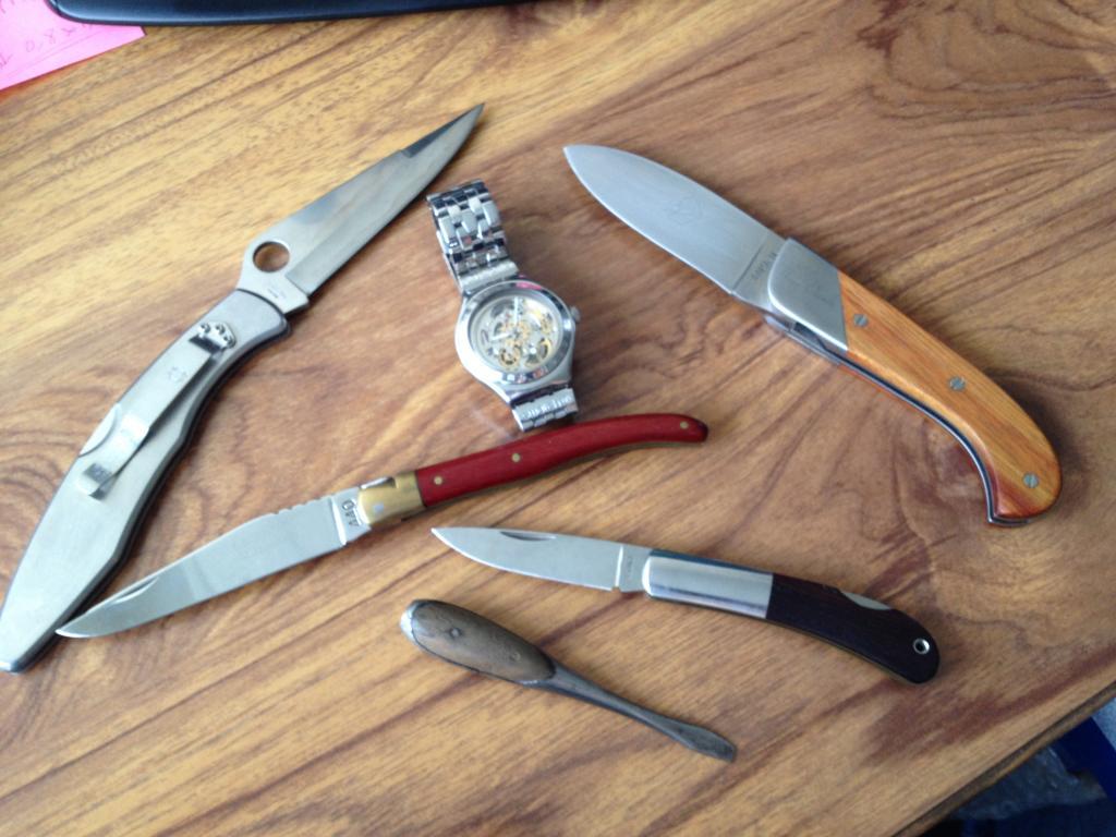 Certains aiment aussi les couteaux ? - Page 2 IMG_2530_zps30ad2d65