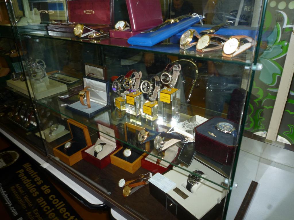 Petit Compte Rendu de Visite de la Première Bourse Horlogère de Villeneuve d'Ascq P1200503_zpsa61de6c4