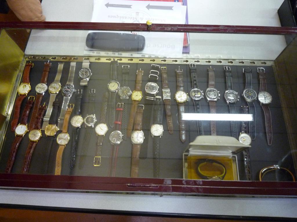 Petit Compte Rendu de Visite de la Première Bourse Horlogère de Villeneuve d'Ascq P1200505_zpsc325840c