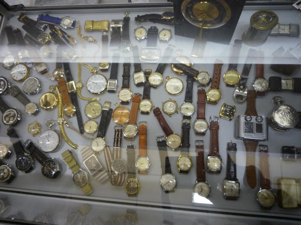 Petit Compte Rendu de Visite de la Première Bourse Horlogère de Villeneuve d'Ascq P1200515_zps2bcd8411