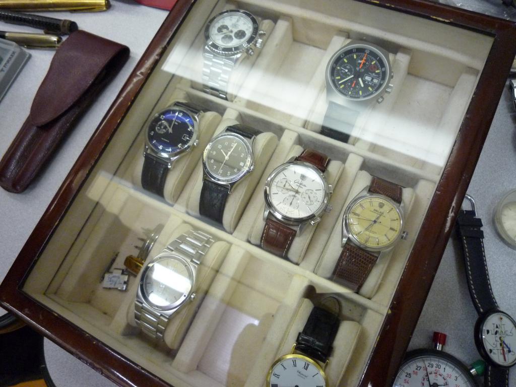 Petit Compte Rendu de Visite de la Première Bourse Horlogère de Villeneuve d'Ascq P1200519_zps99767770