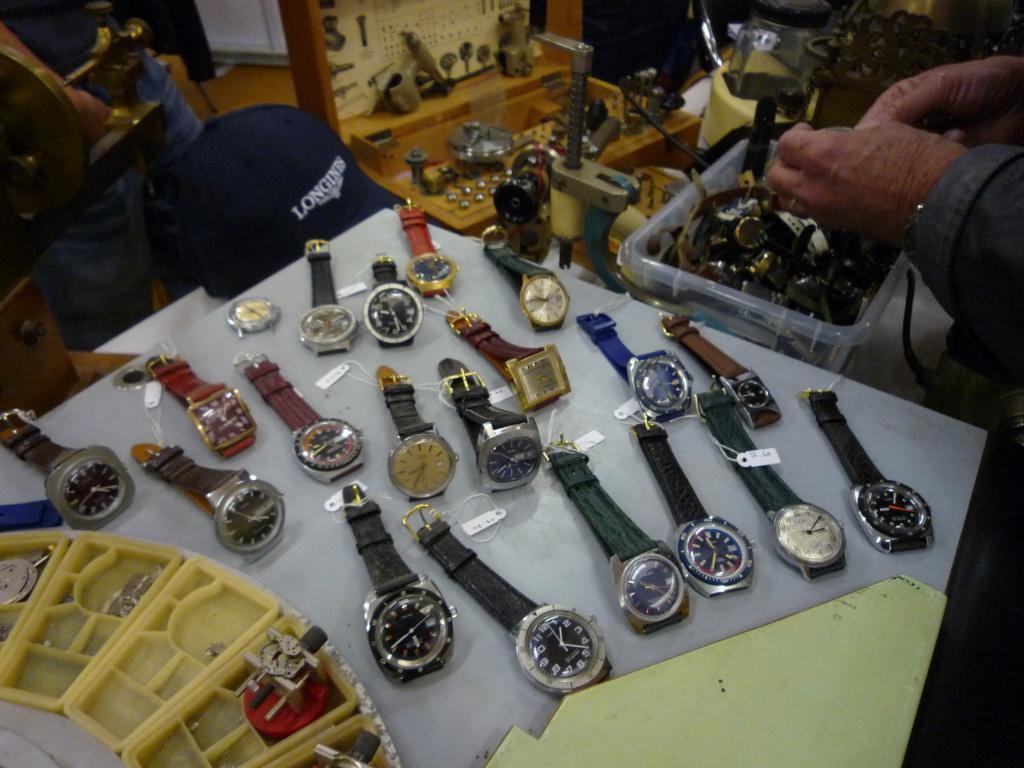 Petit Compte Rendu de Visite de la Première Bourse Horlogère de Villeneuve d'Ascq P1200523_zpsc43550c0
