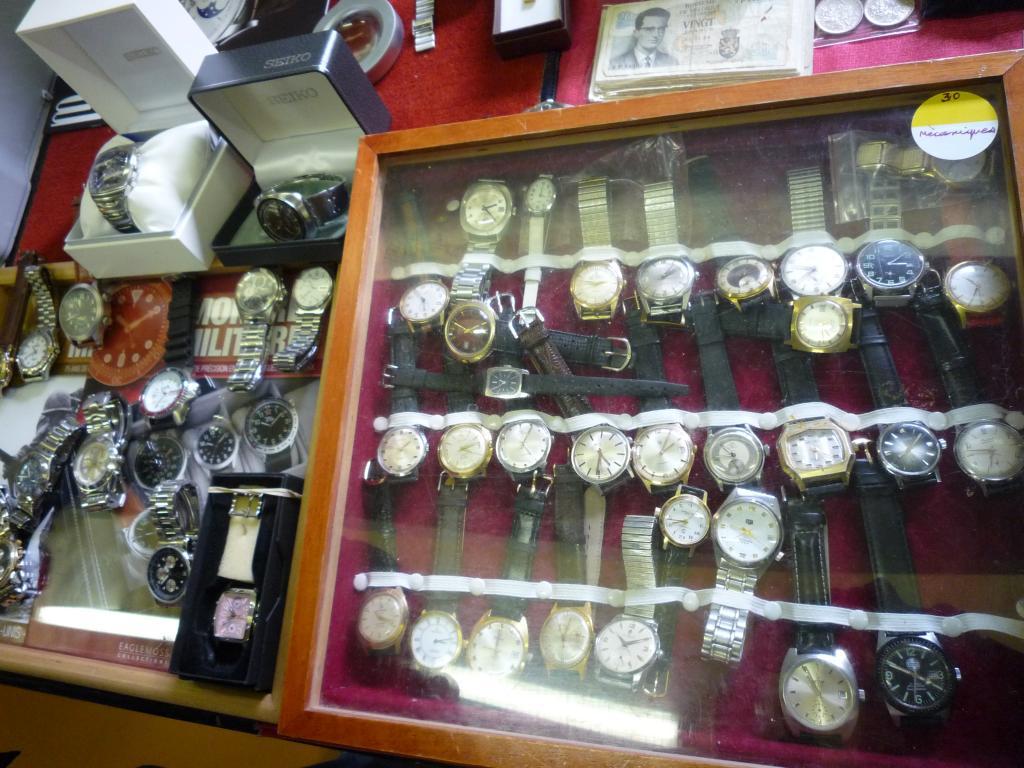 Petit Compte Rendu de Visite de la Première Bourse Horlogère de Villeneuve d'Ascq P1200524_zpsbd798773