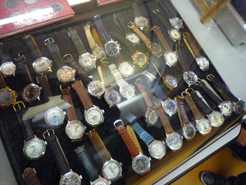 Petit Compte Rendu de Visite de la Première Bourse Horlogère de Villeneuve d'Ascq P1200529_zps616f7693