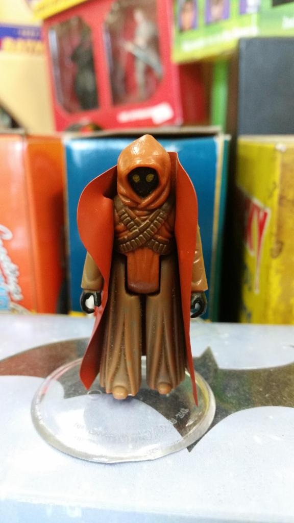 Please help to identify: Vinyl Jawa and Double Telescoping Lightsaber 20140904_141907_zpsca45413a