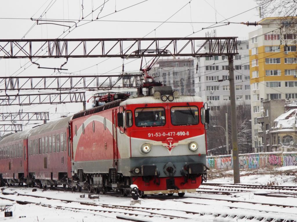 Locomotive clasa 47(476/477) aparţinând CFR Călători  690_1644_zpsyzq51b6d