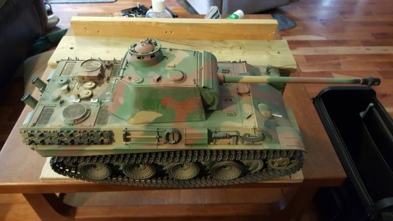 My Panther G. First try at painting. HL%20panther%20mostly%20stock_zpsry9f67ym