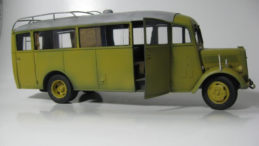Opel Blitz 3.6-47 omnibus (terminé) IMG_6377_1_zpspmqnzizf