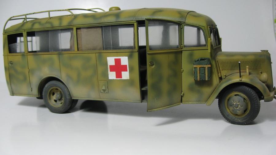 Opel Blitz 3.6-47 omnibus (terminé) IMG_6382_1_zpsmihlow9k