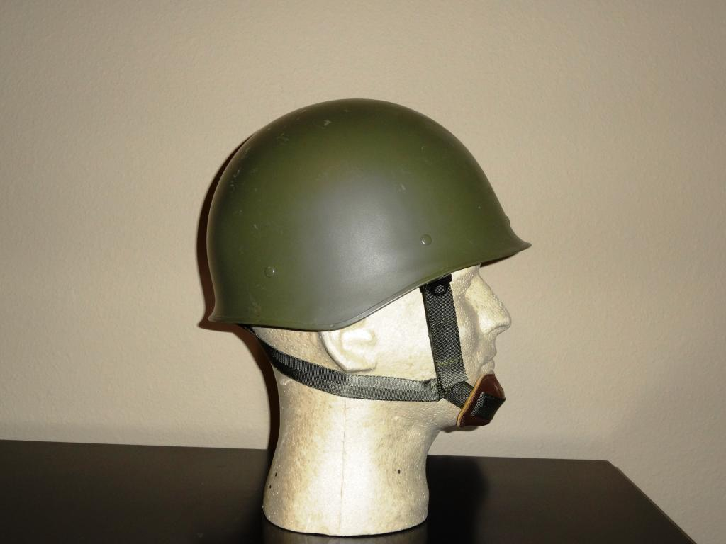 Helmets - French FrenchM78side_zpsf653c4be