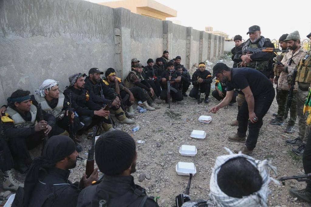 Unknown pattern used by Iraqi Shiite Militant Groups 2015%20-%20Iraq%20Shiite%20Militia_zpss361pduk