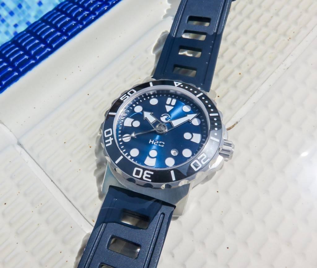 H2O Kalmar 2 Special Edition 6000m - Avec bracelet Maddog-straps :) - Page 2 IMG_4496%201600x1200%201600x1200_zpsny0egrft
