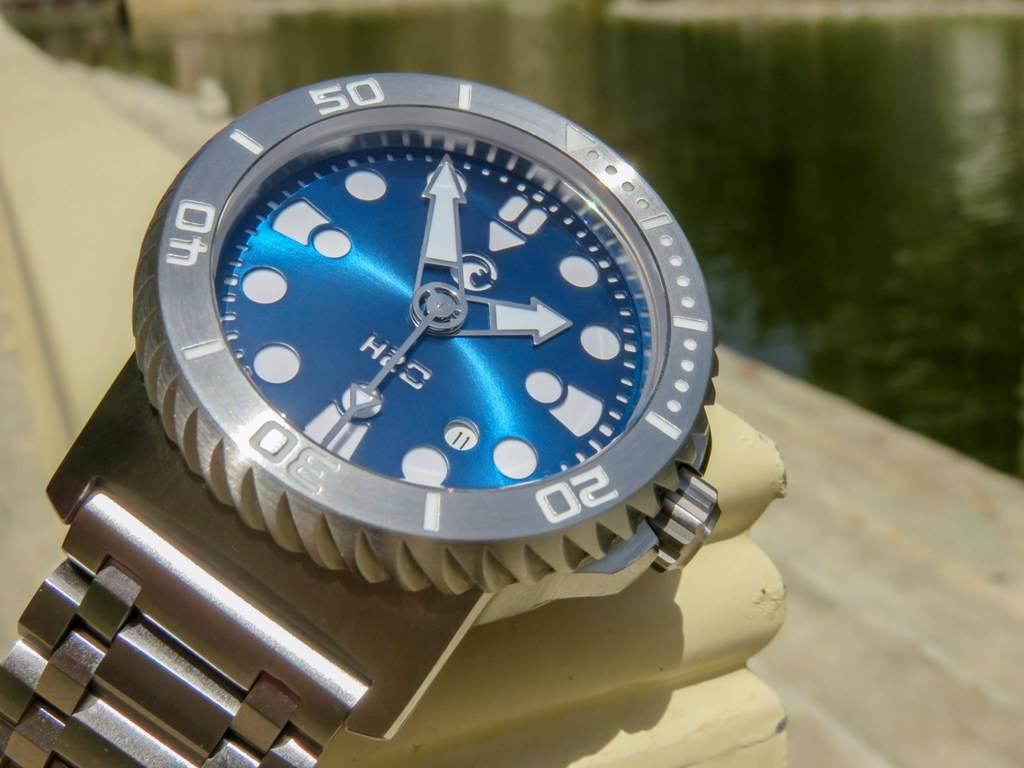 H2O Kalmar 2 Special Edition 6000m - Avec bracelet Maddog-straps :) - Page 2 IMG_6371%201600x1200_zpscg0qlgx0