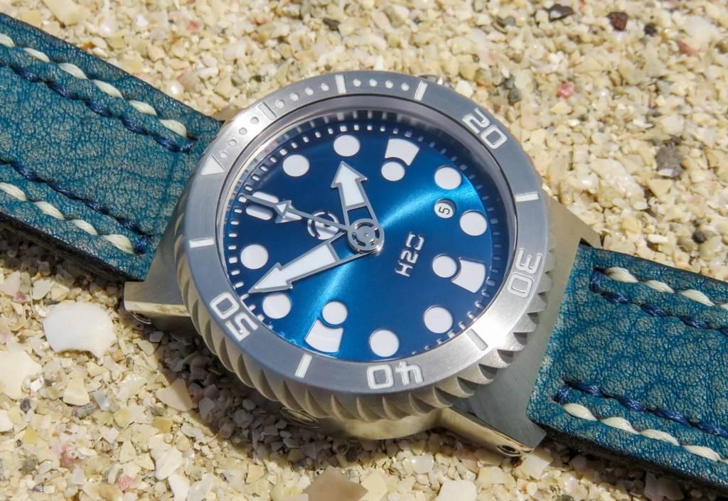 H2O Kalmar 2 Special Edition 6000m - Avec bracelet Maddog-straps :) - Page 2 IMG_6402%201600x1200_zpsxtad8pkx