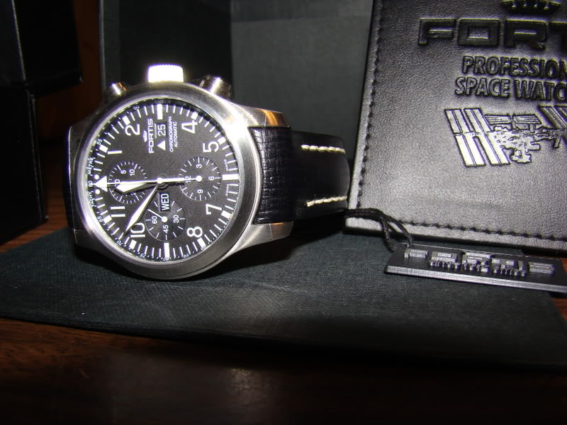 FS: Fortis B42 Chronograph on SS Fortisonsidewithtagandsleeve
