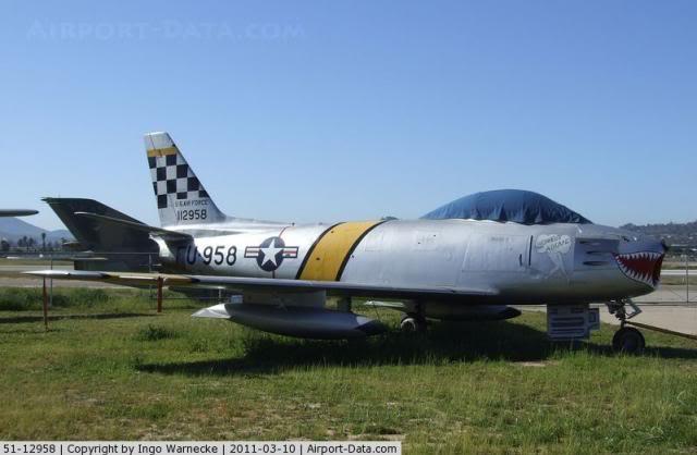 F-86F Sabre - Academy nº 1629 1/72  - FINALIZADO ! 644282_zps42e8ab3e