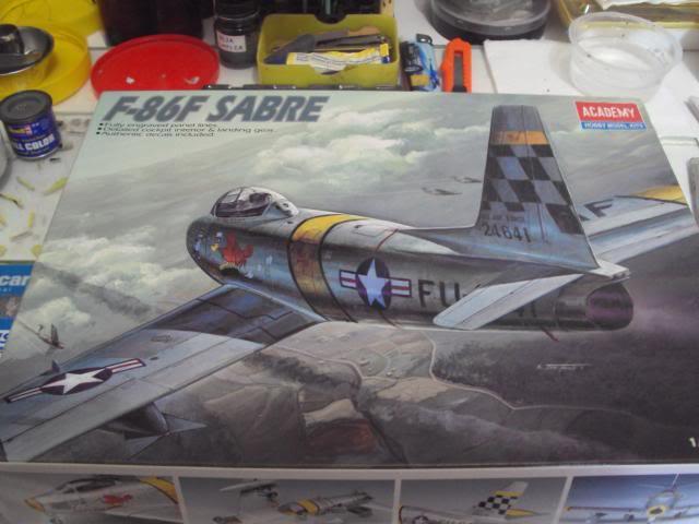 F-86F Sabre - Academy nº 1629 1/72  - FINALIZADO ! DSC03781_zps8ada5ec7