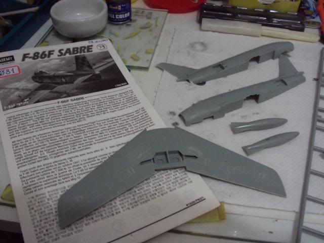 F-86F Sabre - Academy nº 1629 1/72  - FINALIZADO ! DSC03783_zpsa3c2bfd6