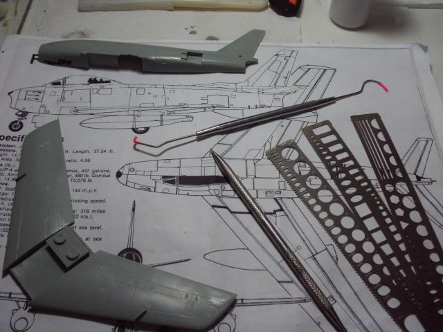 F-86F Sabre - Academy nº 1629 1/72  - FINALIZADO ! DSC03786_zpsde2c2335