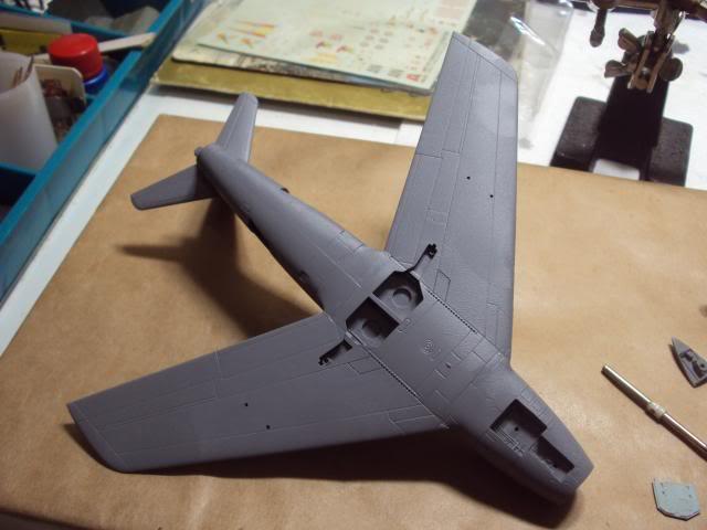 F-86F Sabre - Academy nº 1629 1/72  - FINALIZADO ! DSC04737_zps5843cd02