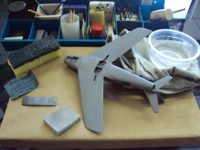 F-86F Sabre - Academy nº 1629 1/72  - FINALIZADO ! DSC04769_zps7d695363