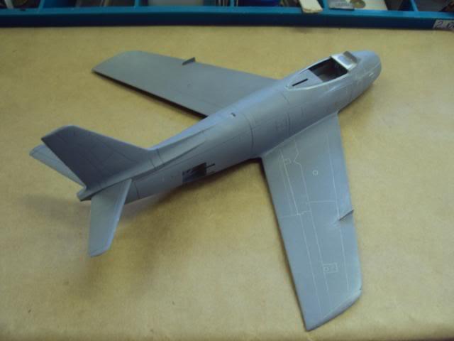 F-86F Sabre - Academy nº 1629 1/72  - FINALIZADO ! DSC04770_zps6783e957