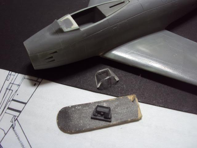 F-86F Sabre - Academy nº 1629 1/72  - FINALIZADO ! DSC04786_zpse126b49e