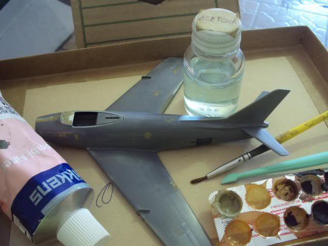 F-86F Sabre - Academy nº 1629 1/72  - FINALIZADO ! DSC04808_zps7ac039fb