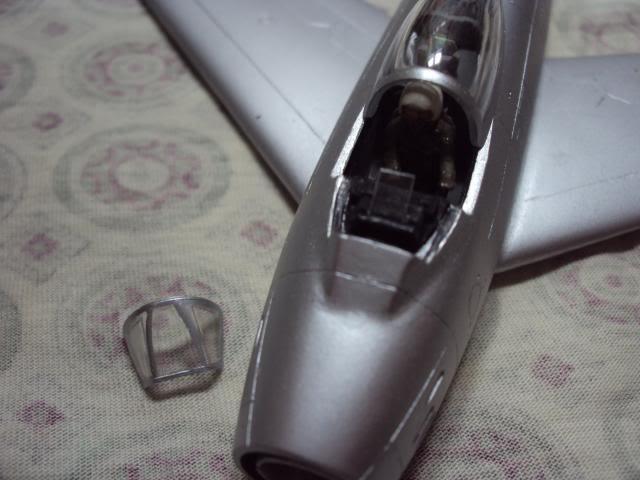 F-86F Sabre - Academy nº 1629 1/72  - FINALIZADO ! DSC05236_zps545c94ca