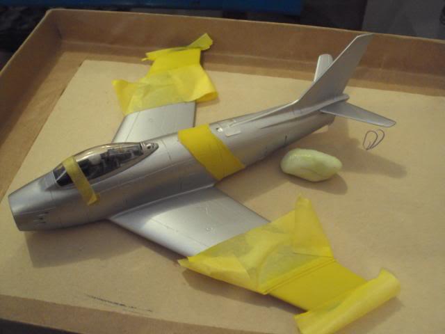 F-86F Sabre - Academy nº 1629 1/72  - FINALIZADO ! DSC05288_zps97ff20c9