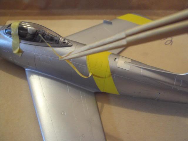 F-86F Sabre - Academy nº 1629 1/72  - FINALIZADO ! DSC05289_zps31e29a8b