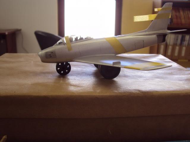 F-86F Sabre - Academy nº 1629 1/72  - FINALIZADO ! DSC05388_zpsa9e072ed