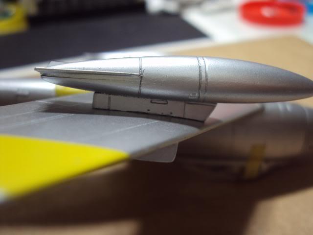 F-86F Sabre - Academy nº 1629 1/72  - FINALIZADO ! DSC05400_zpscdb6da79